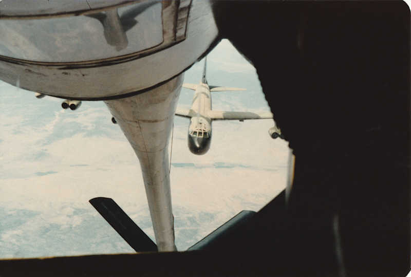 B-52D Approach for Refueling